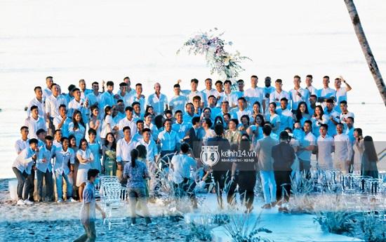 """Ngắm nhan sắc """"cực phẩm"""" của dàn cầu thủ Việt Nam tại đám cưới Công Phượng  - Ảnh 6"""