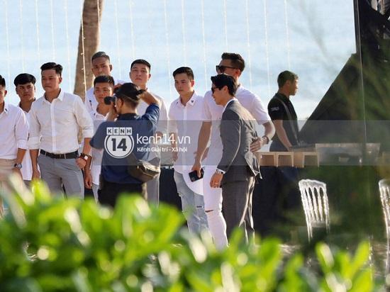 """Ngắm nhan sắc """"cực phẩm"""" của dàn cầu thủ Việt Nam tại đám cưới Công Phượng  - Ảnh 7"""