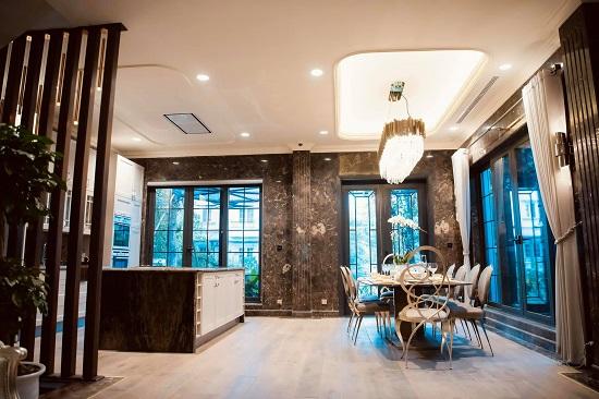 """Cận cảnh biệt thự rộng 450 m2, """"sang chảnh"""" như khách sạn 5 sao của Lã Thanh Huyền  - Ảnh 2"""