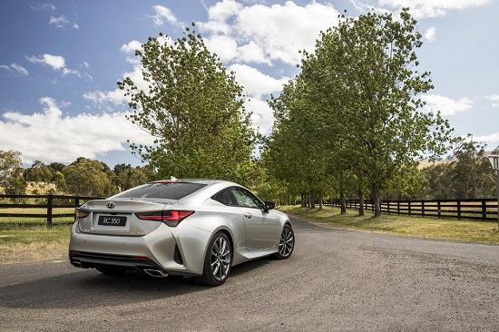 Lexus RC 2021 ra mắt với nhiều nâng cấp mới lạ, giá bán từ 1,1 tỷ đồng  - Ảnh 2