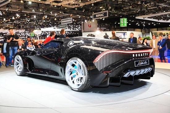 Chiêm ngưỡng siêu xe đắt nhất thế giới Bugatti La Voiture Noire - Ảnh 4