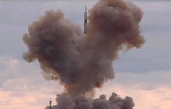 Chiến hạm Nga phóng thử thành công tên lửa siêu thanh Tsirkon  - Ảnh 1