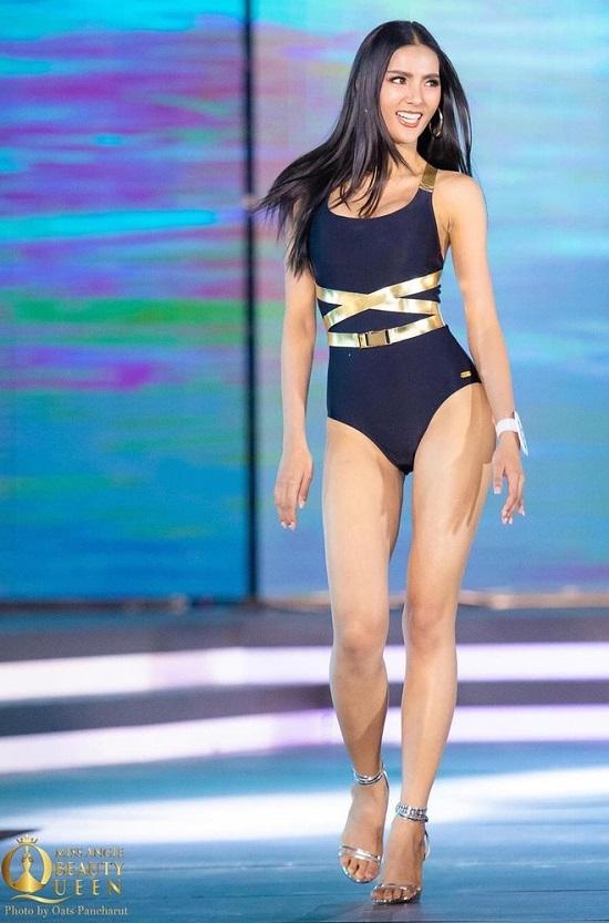 """Ngắm vẻ đẹp gợi cảm """"mê hồn"""" của người đẹp 27 tuổi đăng quang Hoa hậu Thái Lan 2020  - Ảnh 4"""