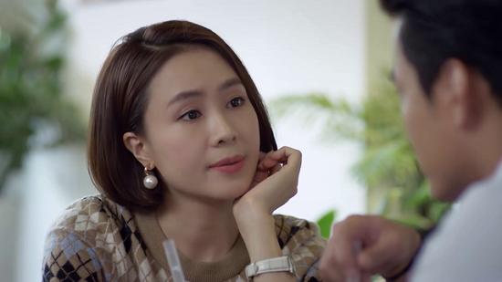 """Hướng dương ngược nắng tập 2: Minh Châu (Hồng Diễm) """"dằn mặt"""" bạn trai Trung Kiên nếu có ý định phản bội  - Ảnh 1"""