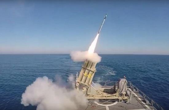 Israel thử nghiệm thành công hệ thống phòng thủ tên lửa trên biển - Ảnh 1