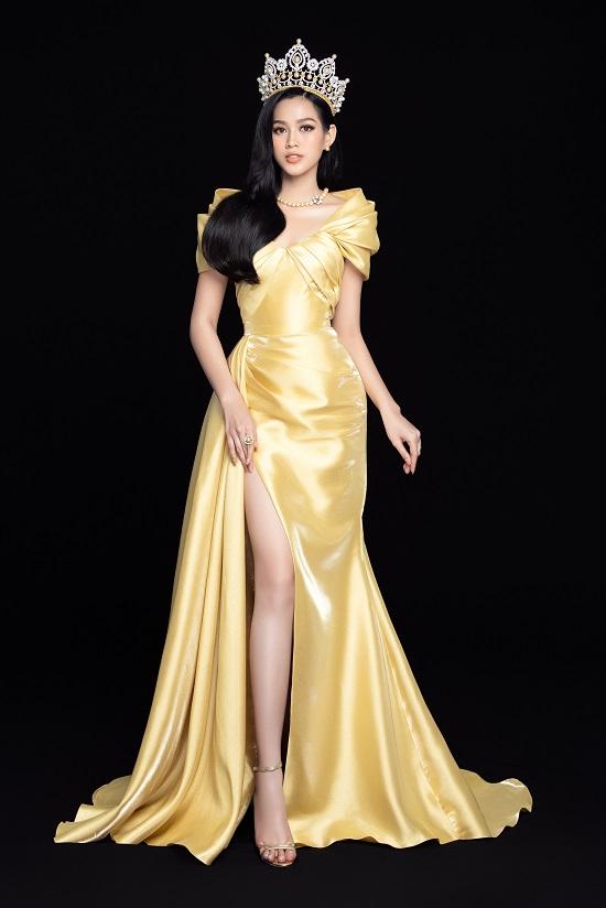 """Cận cảnh nhan sắc """"thăng hạng"""" của Hoa hậu Đỗ Thị Hà cùng 2 Á hậu trong bộ ảnh mới toanh - Ảnh 4"""