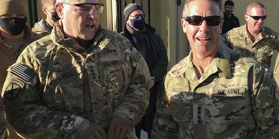 Tên lửa oanh tạc căn cứ không quân lớn nhất của Mỹ ở Afghanistan - Ảnh 1