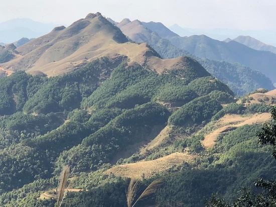 Thực hư thông tin đỉnh núi Mẫu Sơn xuất hiện mưa tuyết - Ảnh 1