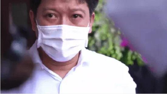 Nghẹn ngào những khoảnh khắc chưa từng công bố trong tang lễ cố nghệ sĩ Chí Tài ở Việt Nam  - Ảnh 5