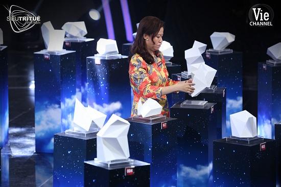 """Siêu Trí Tuệ Việt Nam: """"Cao thủ"""" lộ diện thách thức hơn 10.000 số nguyên tố và mật mã bí ẩn - Ảnh 3"""