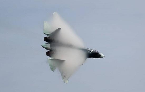 Nga sản xuất lô máy bay Su-57 đầu tiên để thử nghiệm vũ khí siêu thanh  - Ảnh 1