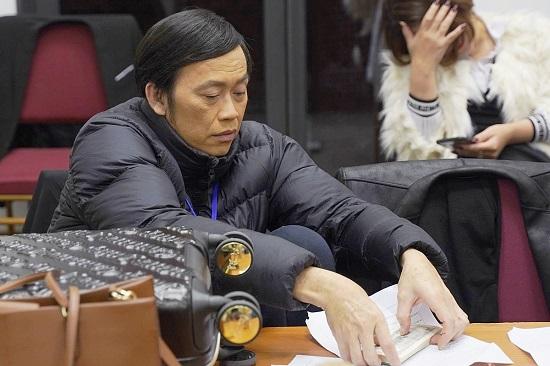 Hoài Linh lộ vẻ tiều tụy trong ngày đi diễn trở lại, sau gần 20 ngày cố nghệ sĩ Chí Tài qua đời  - Ảnh 3