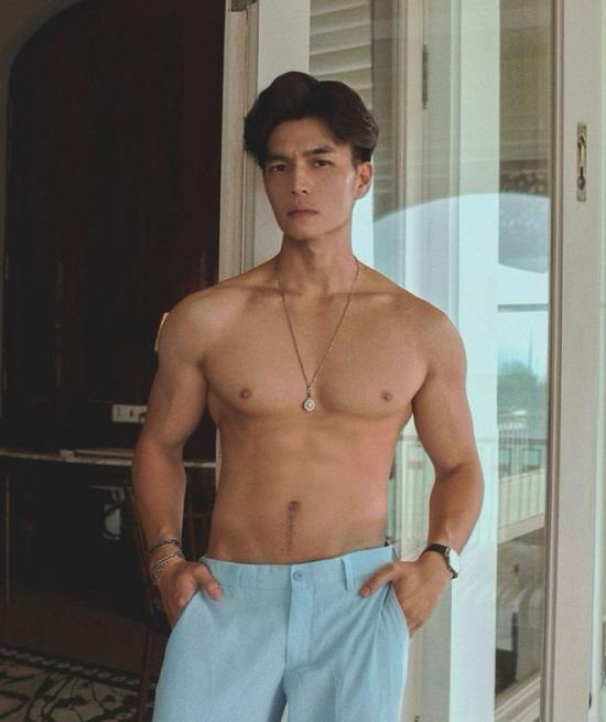 """Ngắm thân hình """"xịn sò"""" cùng cơ bắp cuồn cuộn của """"bạn trai tin đồn"""" Ngô Thanh Vân  - Ảnh 3"""
