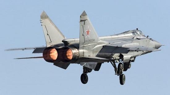 Chiến đấu cơ của Nga chặn máy bay trinh sát Na Uy trên biển Barents - Ảnh 1