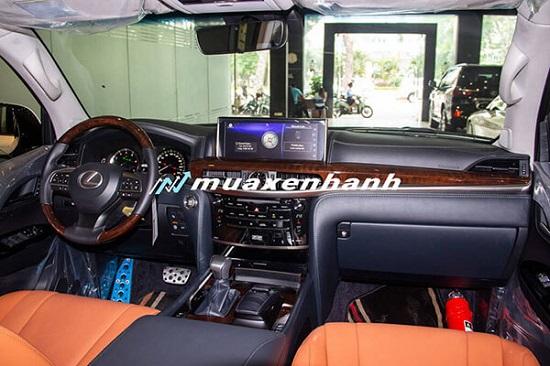 """Cận cảnh chiếc """"chuyên cơ mặt đất"""" tiền tỷ Lexus LX 570 - Ảnh 5"""