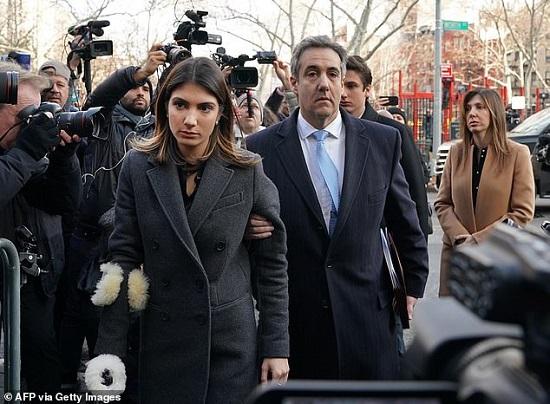 """Con gái ông chủ Nhà Trắng Ivanka Trump bị tố """"kiêu căng và giả tạo""""  - Ảnh 2"""