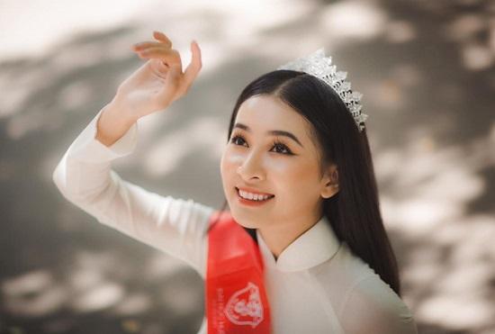 """Người đẹp Huế có thành tích học tập """"khủng"""", nhan sắc """"không phải dạng vừa"""" dự thi Hoa hậu Việt Nam 2020  - Ảnh 1"""