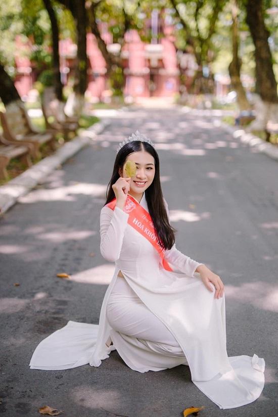"""Người đẹp Huế có thành tích học tập """"khủng"""", nhan sắc """"không phải dạng vừa"""" dự thi Hoa hậu Việt Nam 2020  - Ảnh 4"""