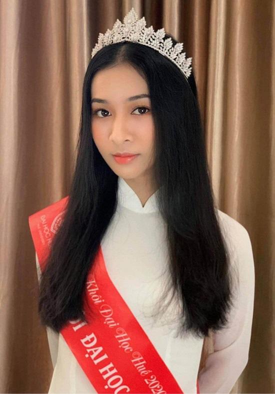 """Người đẹp Huế có thành tích học tập """"khủng"""", nhan sắc """"không phải dạng vừa"""" dự thi Hoa hậu Việt Nam 2020  - Ảnh 6"""