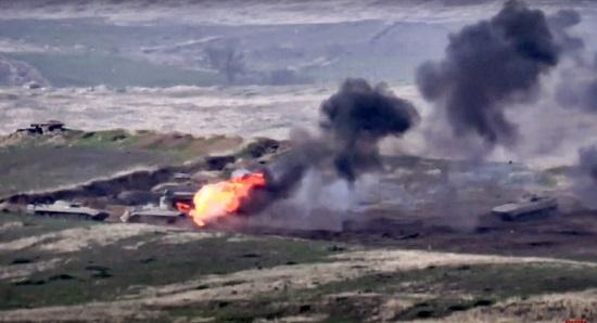 Giao tranh bùng phát giữa Azerbaijan và Armenia, 18 người thiệt mạng  - Ảnh 1