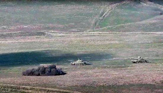 Giao tranh bùng phát giữa Azerbaijan và Armenia, 18 người thiệt mạng  - Ảnh 2