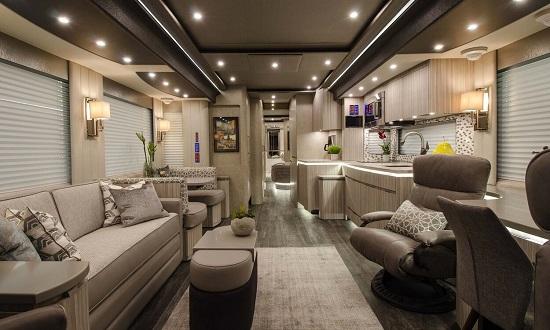 Cận cảnh nội thất những chiếc xe motorhome tiền tỷ, xa hoa như khách sạn 5 sao  - Ảnh 3