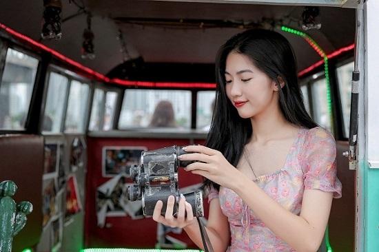 Từng đoạt giải quốc gia và IELTS 7.0, thí sinh Hoa Hậu Việt Nam 2020 gây ấn tượng lớn - Ảnh 1