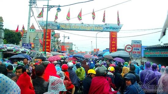 Nam Định dừng tổ chức phiên chợ Viềng dịp Tết 2021  - Ảnh 1
