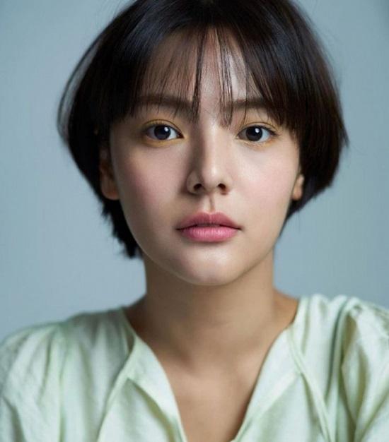 """Nữ diễn viên """"School 2017"""" Song Yoo Jung đột ngột qua đời, hưởng dương 26 tuổi  - Ảnh 2"""