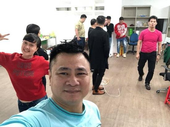 Lâm Vỹ Dạ bất ngờ xuất hiện trong hậu trường chương trình Táo Quân 2021  - Ảnh 1