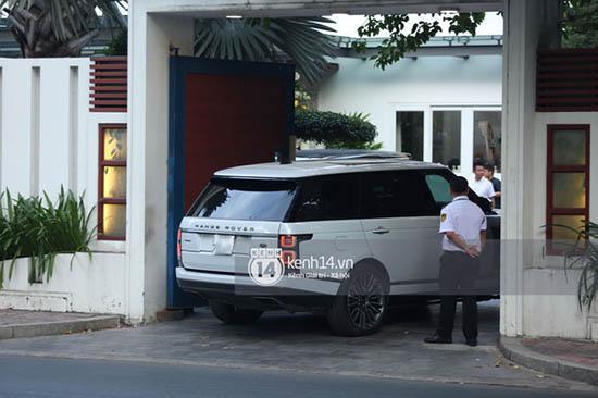 """Thiếu gia Phan Thành """"chất phát ngất"""" lái siêu xe hơn 33 tỷ đồng đến nhà gái rước dâu  - Ảnh 5"""