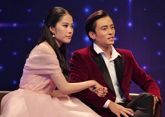 """Tin tức giải trí mới nhất ngày 31/1: Nam Em xác nhận suýt chia tay Lãnh Thanh vì """"trà xanh"""" - Ảnh 1"""