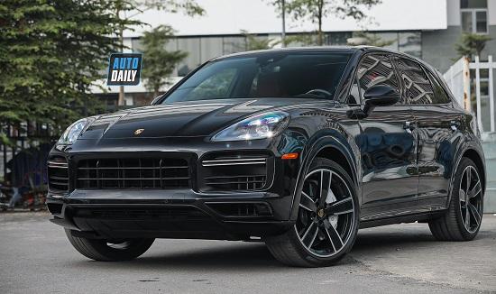 """Mẫu SUV """"hàng hiếm"""" Porsche Cayenne Turbo 2020 giá hơn 10 tỷ đồng tại Việt Nam - Ảnh 1"""