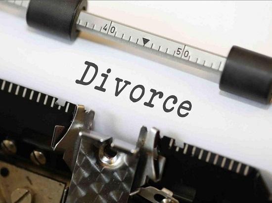 Cặp đôi ly hôn ngay sau lễ cưới khi cô dâu phát hiện điều bất thường từ người bạn đời  - Ảnh 1