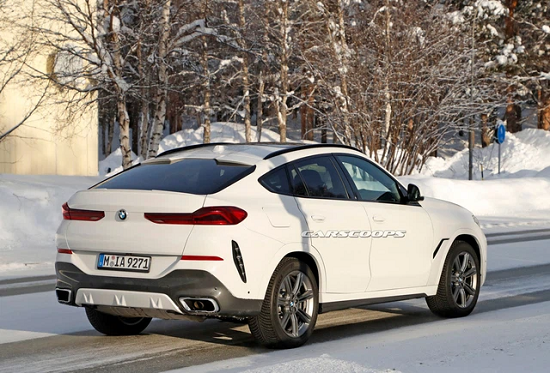 """Hé lộ nội thất """"xịn xò"""" của BMW X6 mới, màn hình kép lớn và cong như trong rạp phim - Ảnh 2"""