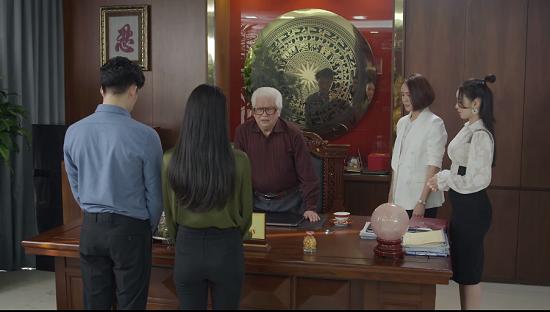 """Hướng Dương Ngược Nắng tập 32: Hoàng bất ngờ cưỡng hôn Minh, Châu bị Kiên """"bơ đẹp""""  - Ảnh 2"""