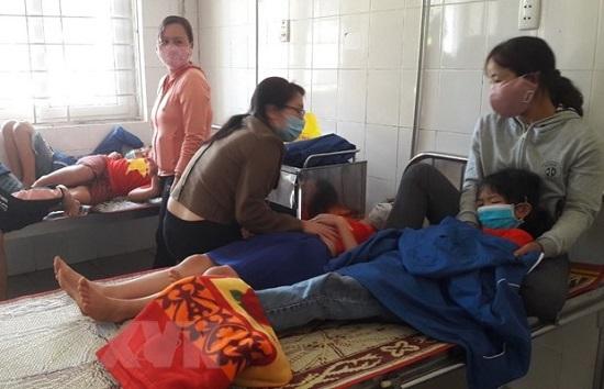 Quảng Trị: 18 học sinh nhập viện vì ngộ độc sau bữa ăn trưa  - Ảnh 1