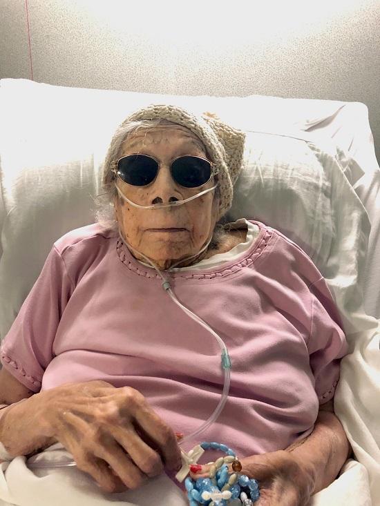 Cụ bà 105 tuổi hé lộ bí quyết đơn giản giúp duy trì sức khỏe, mắc COVID-19 vẫn vượt qua - Ảnh 1