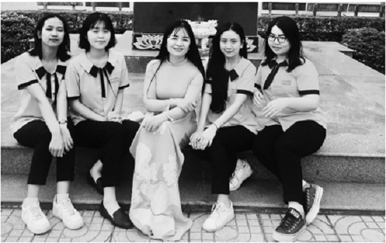 Nữ sinh dân tộc Tày: Từ giải Nhất Quốc gia đến ước mơ travel blogger - Ảnh 2