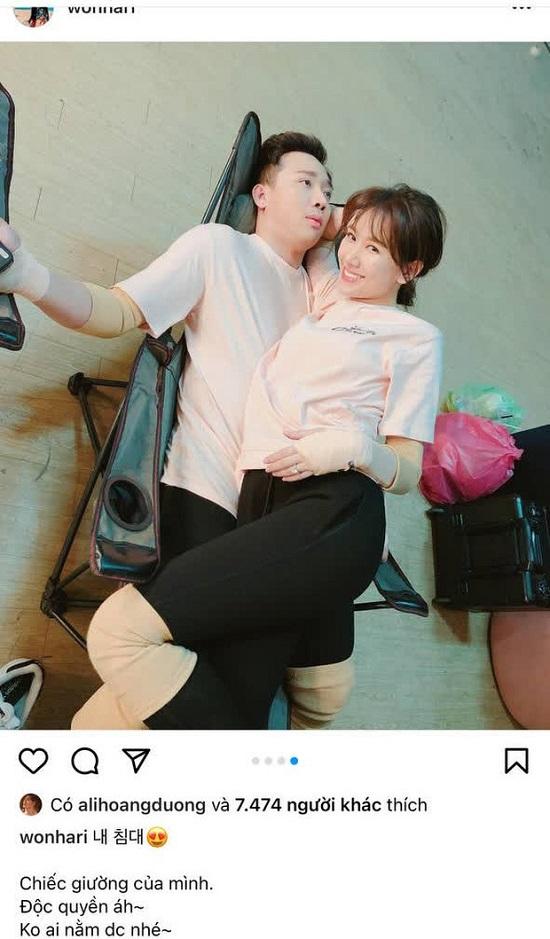 """Trấn Thành lộ biểu cảm """"đáng thương"""" khi bị Hari Won coi là """"giường độc quyền"""" - Ảnh 1"""
