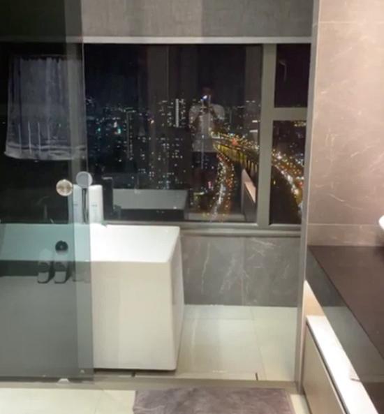 Trấn Thành khoe căn hộ sang-xịn mới tậu, phòng tắm sang trọng như khách sạn 5 sao - Ảnh 4