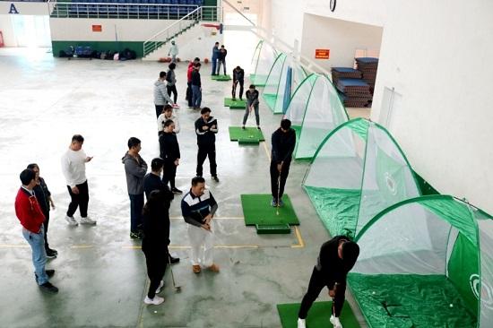 ĐH Quốc gia Hà Nội đưa môn golf vào giảng dạy từ năm học 2021-2022 - Ảnh 1