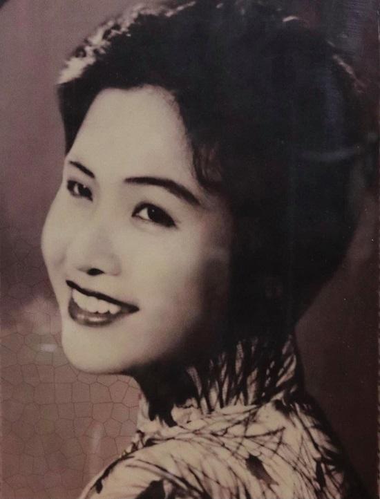 Danh ca nhạc đỏ Lê Hằng qua đời vì ung thư, hưởng thọ 87 tuổi  - Ảnh 1