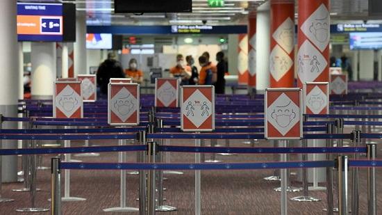 """25 hành khách """"mắc kẹt"""" suốt 3 tuần tại sân bay Paris do đóng cửa biên giới  - Ảnh 2"""