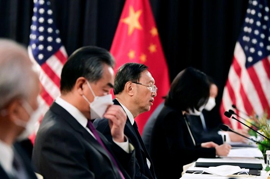 Cuộc đàm phán cấp cao Mỹ-Trung ở Alaska: Tranh luận căng thẳng ngay từ đầu  - Ảnh 1