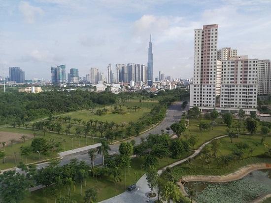 UBND TP.HCM đề xuất xây dựng trung tâm tài chính khu vực và quốc tế - Ảnh 1