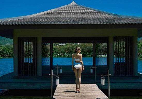 """Hồ Ngọc Hà liên tục diện bikini hở bạo, """"đốt mắt"""" người nhìn với 3 vòng """"vạn người mê""""  - Ảnh 7"""