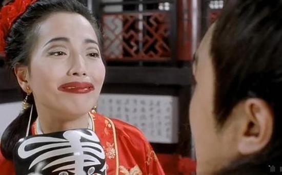 """Mỹ nhân Châu Tinh Trì từng nhập viện tâm thần trước ngày cưới, tìm được """"bến đỗ"""" nhưng vẫn không trọn vẹn  - Ảnh 1"""