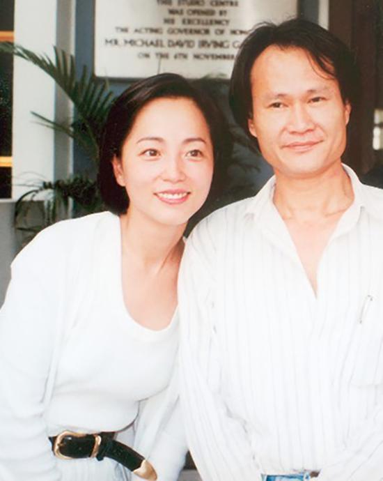 """Mỹ nhân Châu Tinh Trì từng nhập viện tâm thần trước ngày cưới, tìm được """"bến đỗ"""" nhưng vẫn không trọn vẹn  - Ảnh 3"""