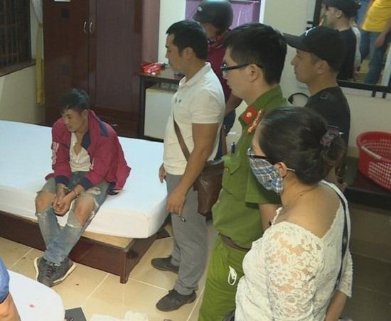 Đắk Lắk: Chiến sỹ công an bị đâm khi bắt đối tượng sử dụng ma túy  - Ảnh 1